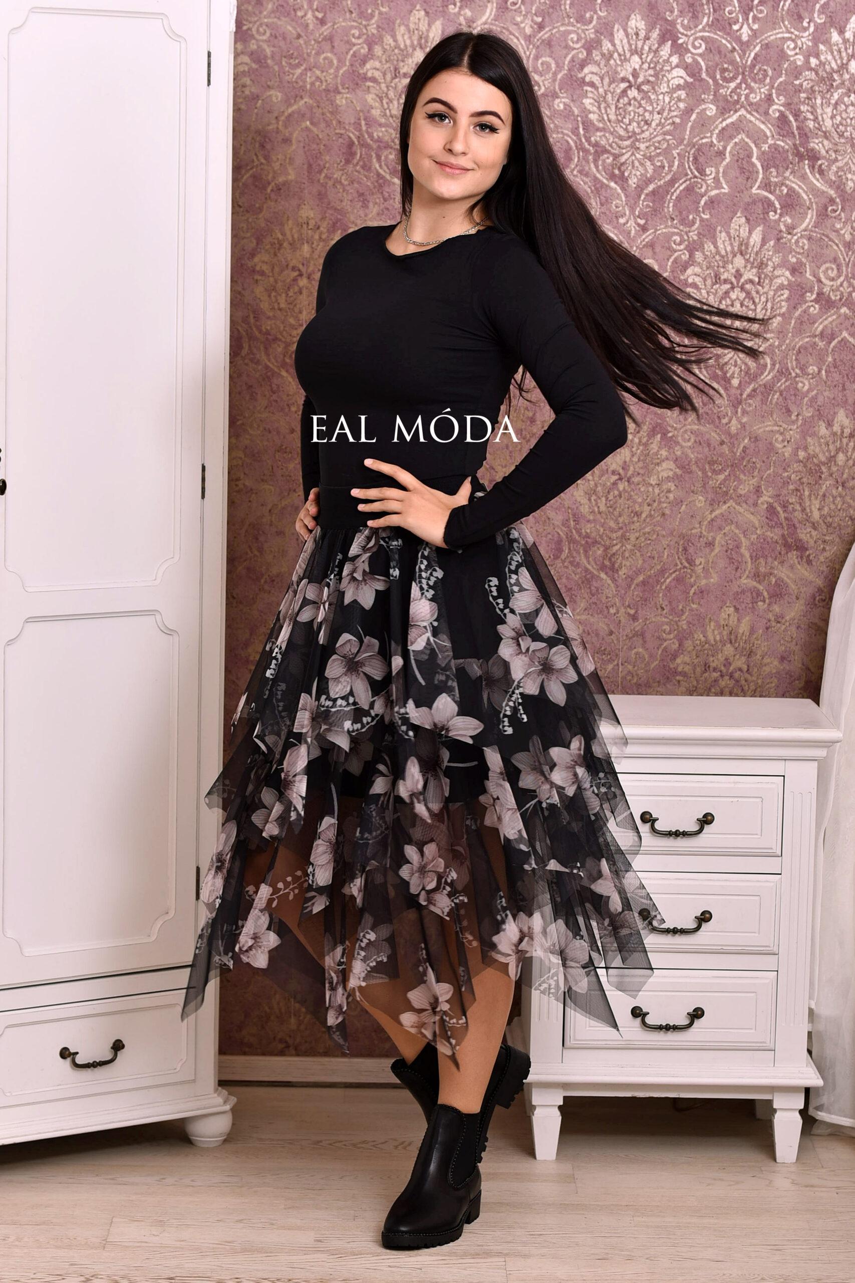 Šaty s květy
