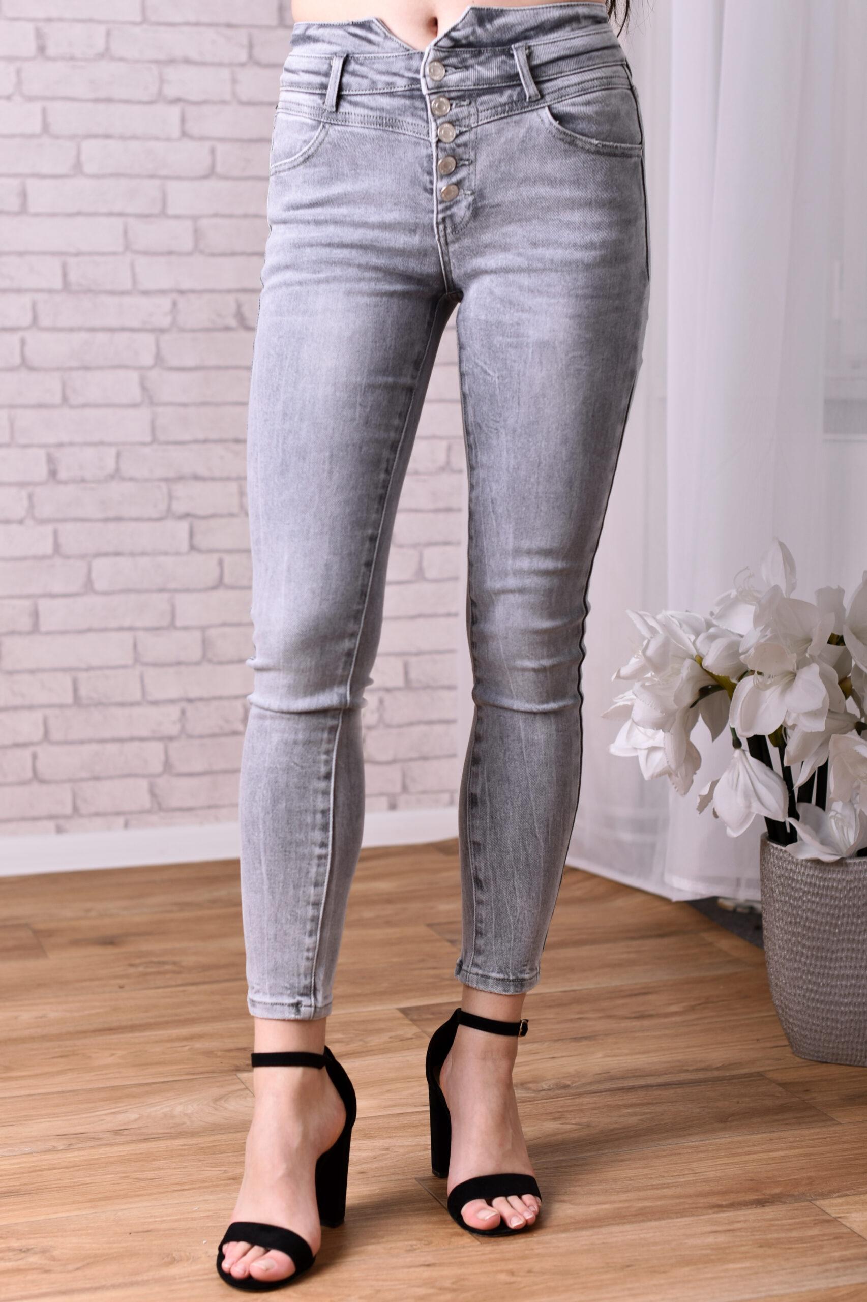 Dámské jeans s knoflíky